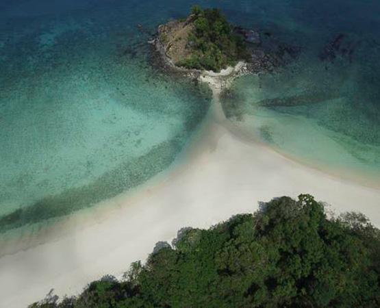 Sailing the Mergui Archipelago